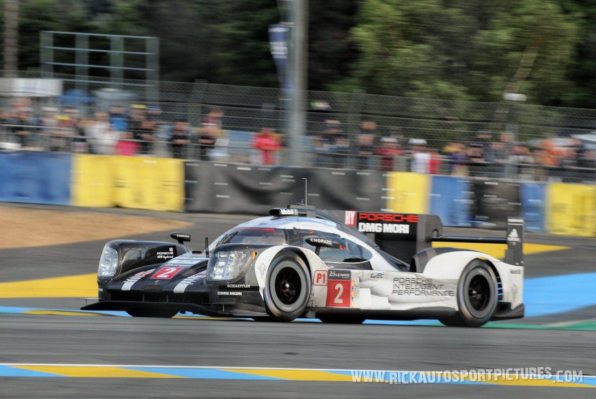 Porsche-Team-Le-Mans-2016