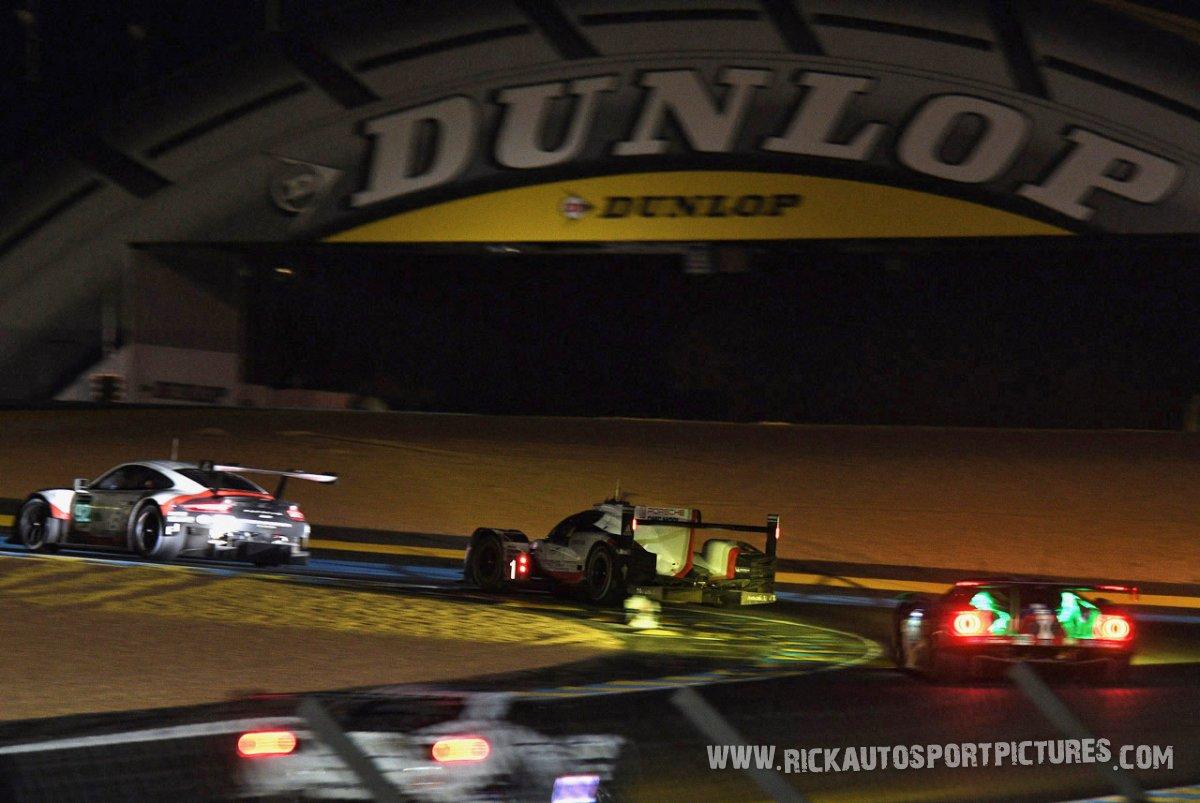 Dunlop Bridge Le Mans 2017