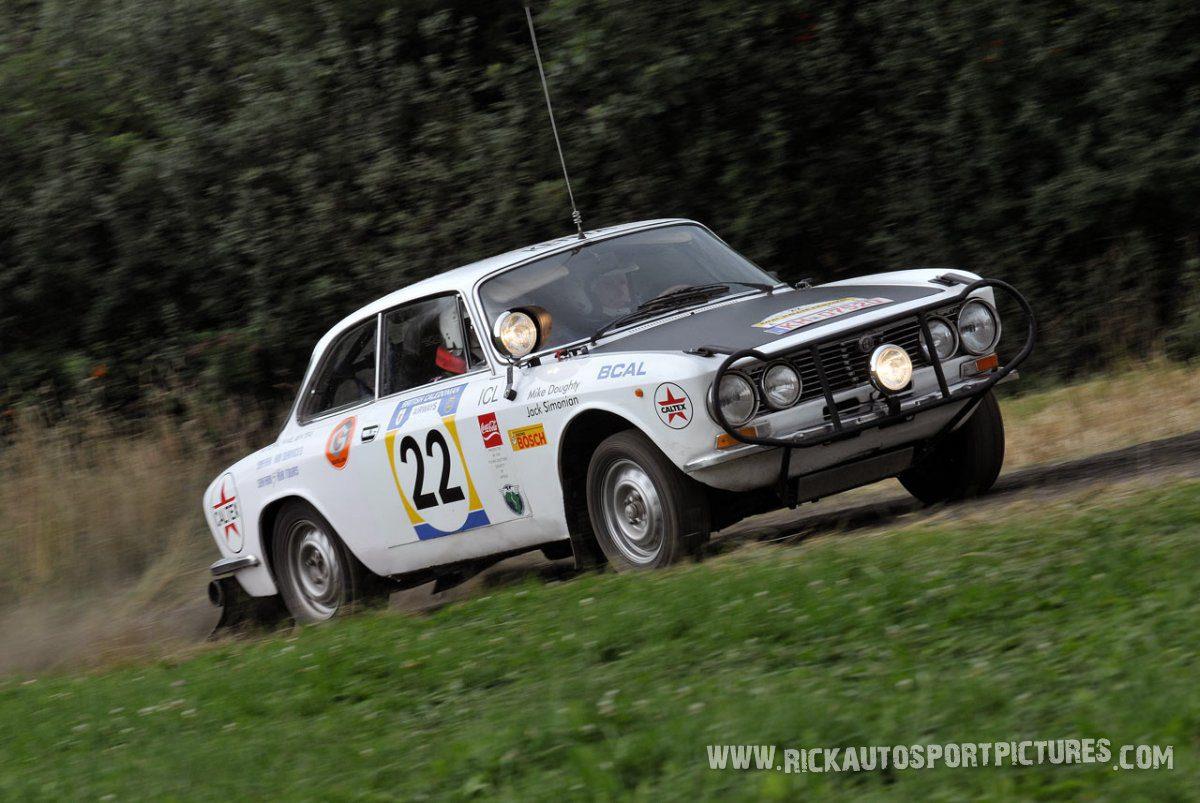 Legend Alfa Romeo GTV Eifel Rallye 2014