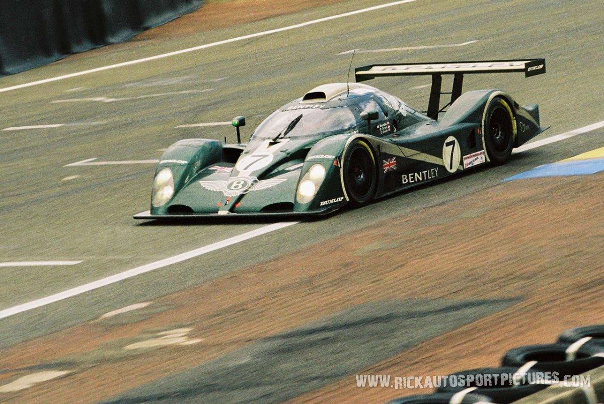 Bentley-Le-Mans-2001