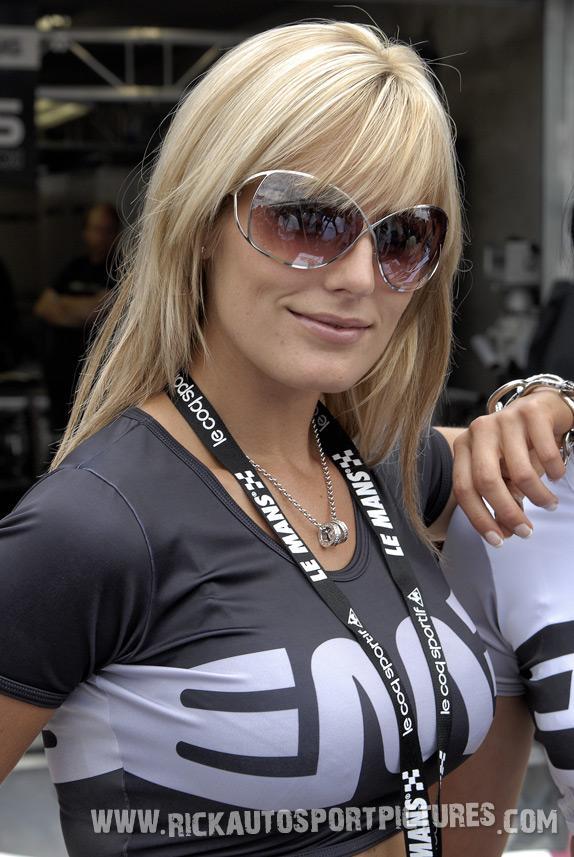 Embassy Racing girls le Mans 2008