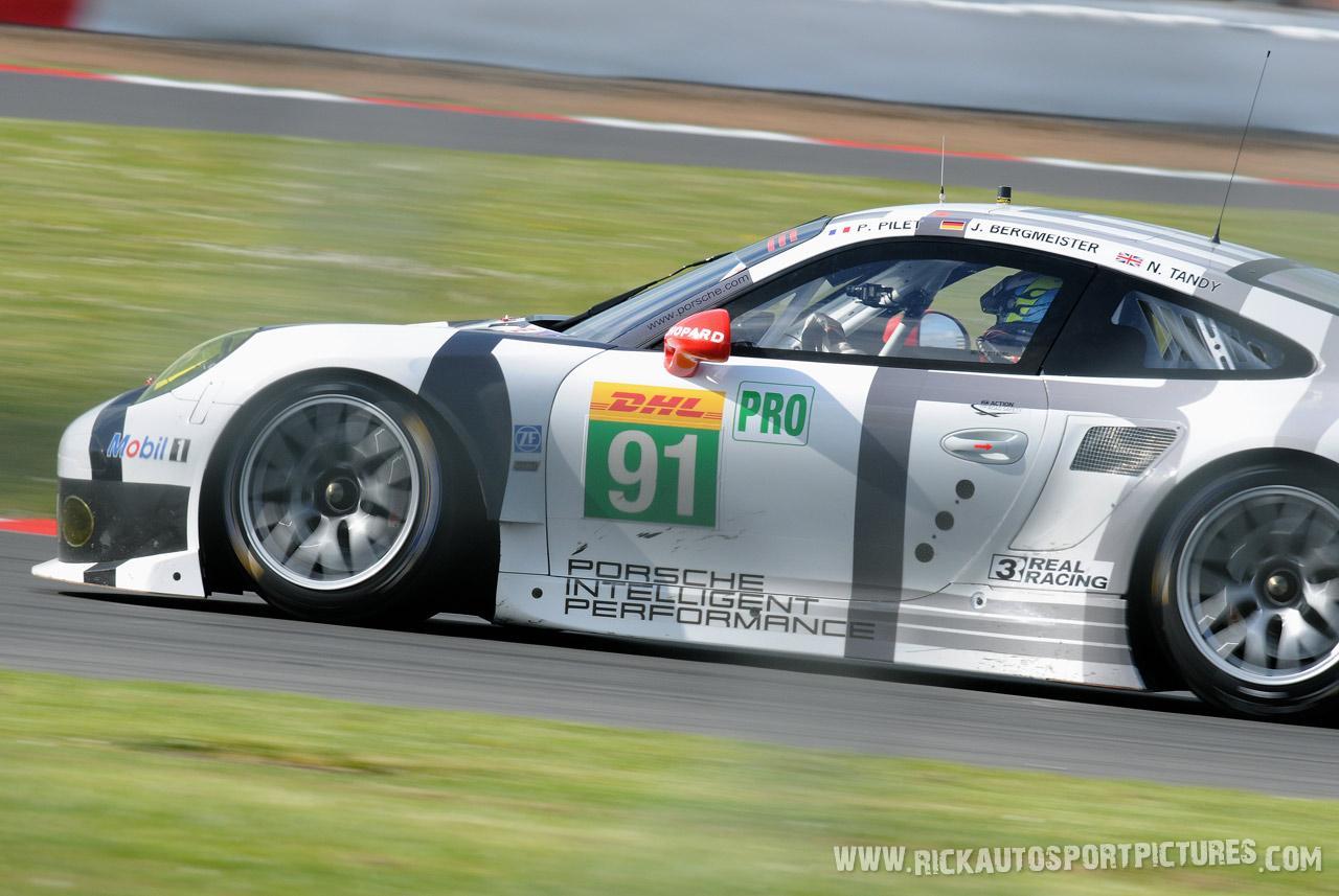 Porsche Manthey Silverstone 2014