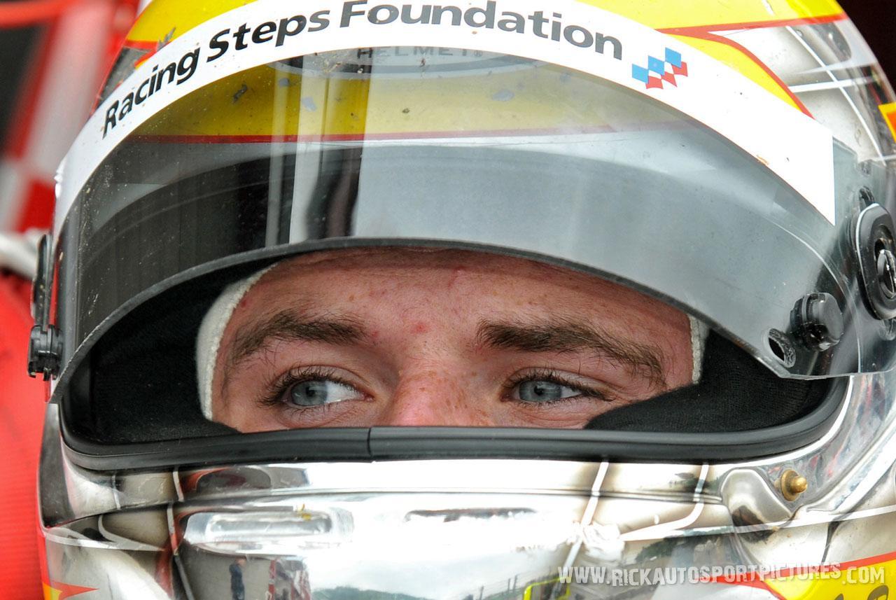 Oliver Rowland renault sereis 2012
