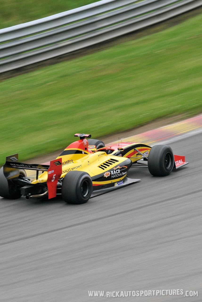 Stoffel Vandoorne renault world series 2013